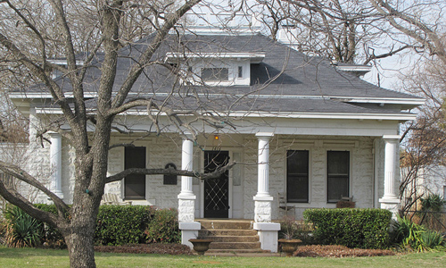 Bungalow-Picture-with-Classic-Rock-Block