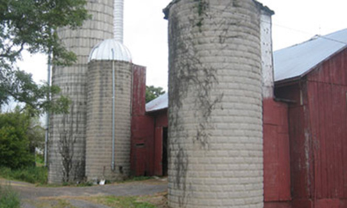 Classic Rock Face Rusticated Concrete Sears Block Farm Barn Silo